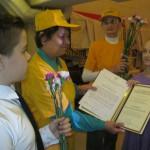 Раиса Бобарыгина и Мария Чурюк вместе с детьми участвуют в награждении передовиков ЖЕХ
